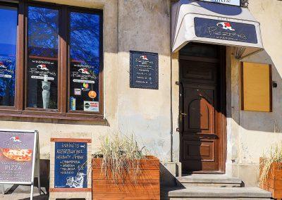 infinito pizzeria włoska zamość-11